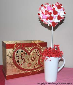 valentines candy topiary