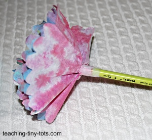 secure coffee filter flower to pencil