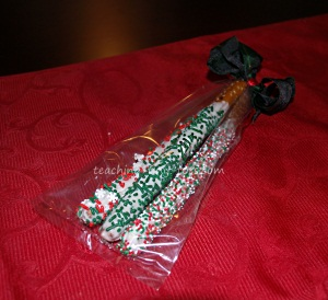 Christmas Pretzels in gift bag