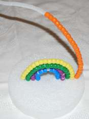 making the pony bead rainbow