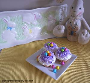 mini Easter basket cupcakes