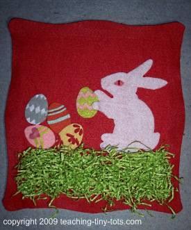 easter felt bunny wall hanging