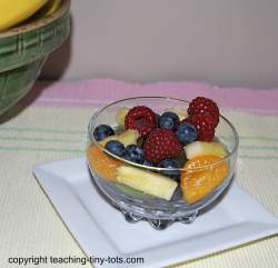 rainbow fruit salas