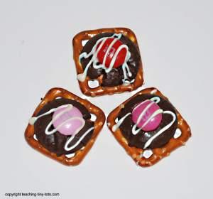 pretzel m and m turtle