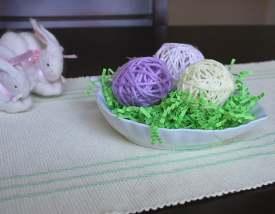 pastel string eggs
