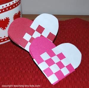 construction paper swedish heart