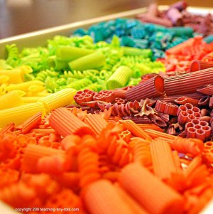 making colored pasta
