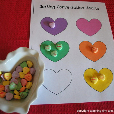 counting and graphing conversation hearts
