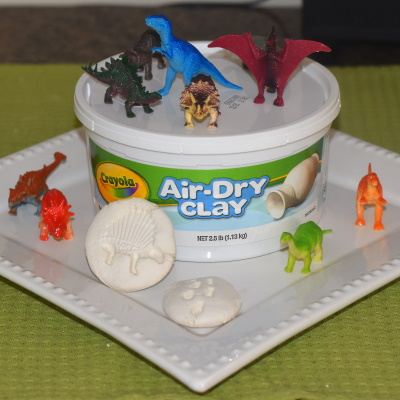 Make these dinosaur molds with air-dry clay.