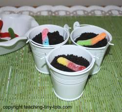 kids sized Dirt Cake