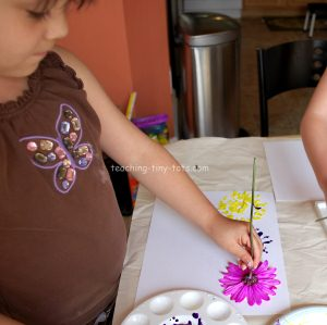 printing with flowers using tempera