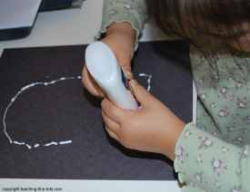 making the chalk ghost using glue
