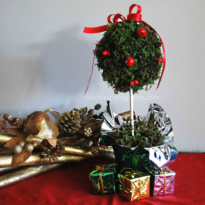 Make this Christmas Moss Topiary.