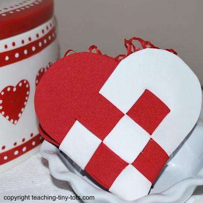 Make a Swedish Heart from foam.
