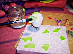 Making tissue eggs step 1.