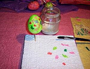 Make tissue eggs step 2.