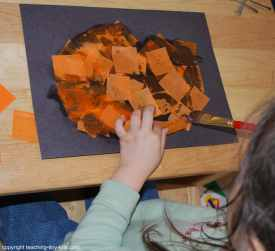 making a tissue Jack-o-Lantern Picture